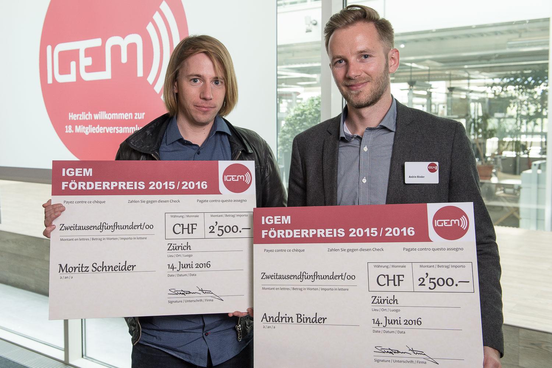 Die Preisträger 2016, Moritz Schneider, Mediaschneider (links) und Andrin Binder, SevenOneMedia (rechts).